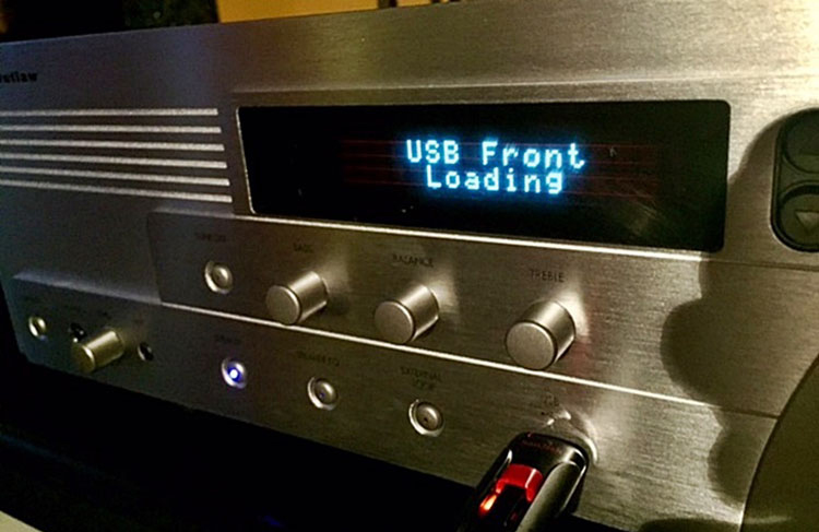 Outlaw Audio RR2160 Stereo Retro Receiver USB Port